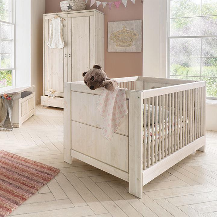 kind und jugend massivholzm bel matratzen bettwaren. Black Bedroom Furniture Sets. Home Design Ideas