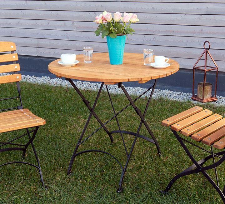 gartentische aus massivholz. Black Bedroom Furniture Sets. Home Design Ideas