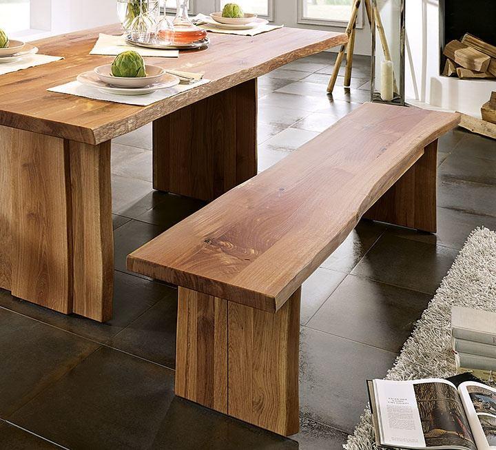 Sitzbänke aus massivem Eichenholz