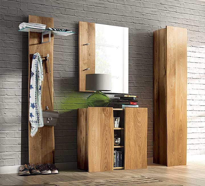 garderoben aus massivem holz. Black Bedroom Furniture Sets. Home Design Ideas