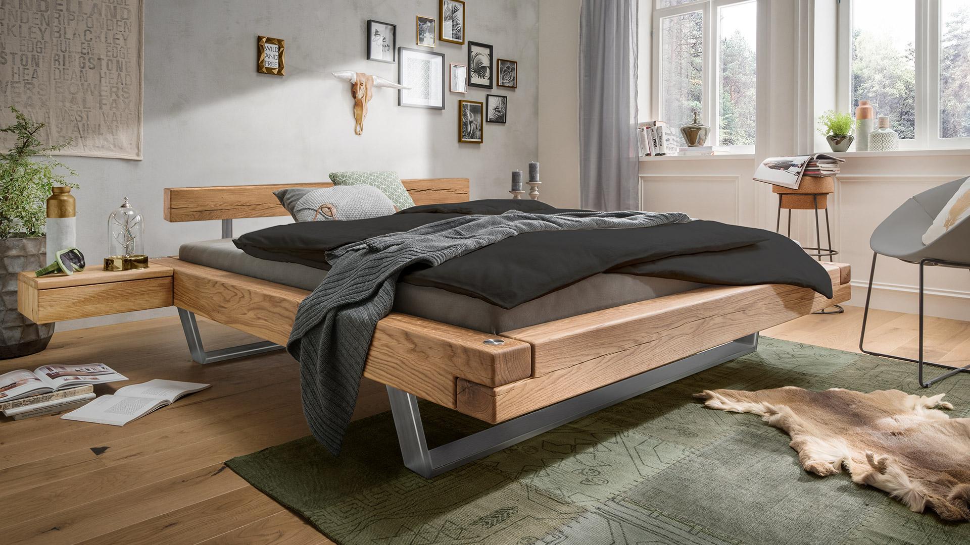 schwebebett madea massive eiche. Black Bedroom Furniture Sets. Home Design Ideas