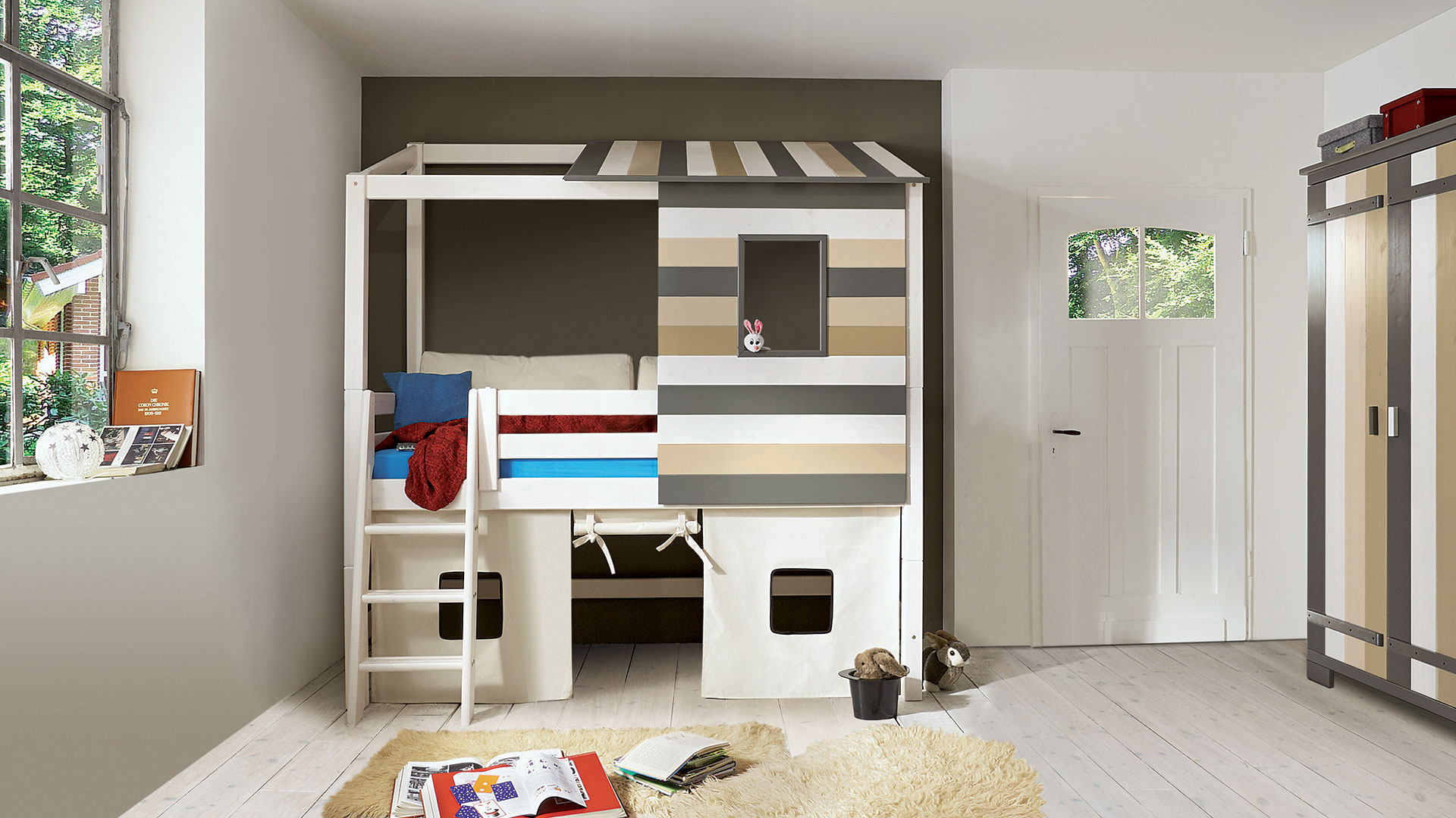 abenteuer hochbett colori. Black Bedroom Furniture Sets. Home Design Ideas