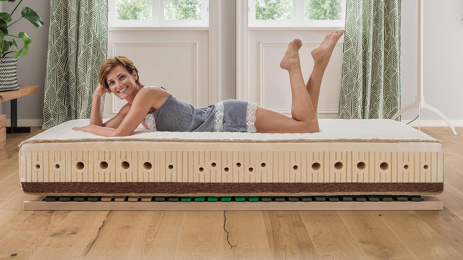naturlatex matratze bella maxima. Black Bedroom Furniture Sets. Home Design Ideas