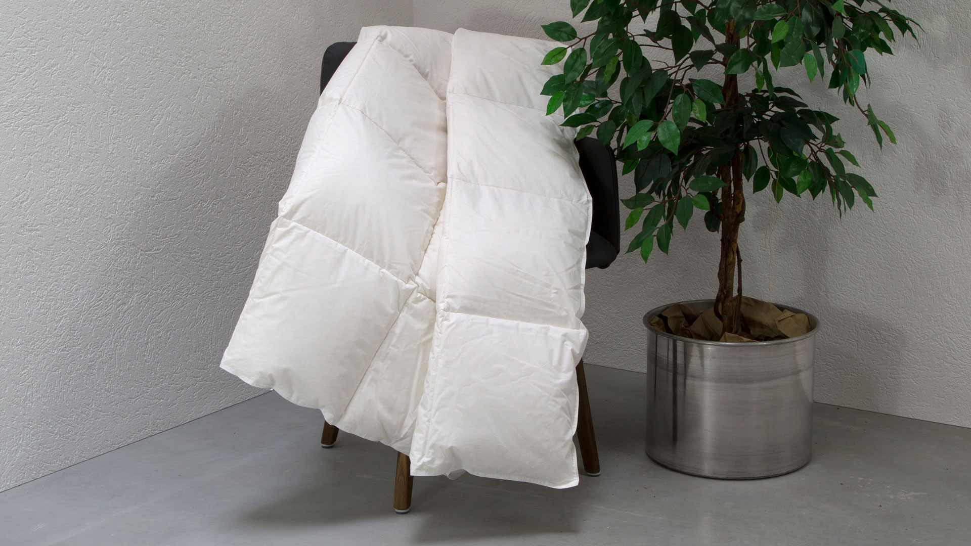 daunen leicht bettdecke ansara superior. Black Bedroom Furniture Sets. Home Design Ideas