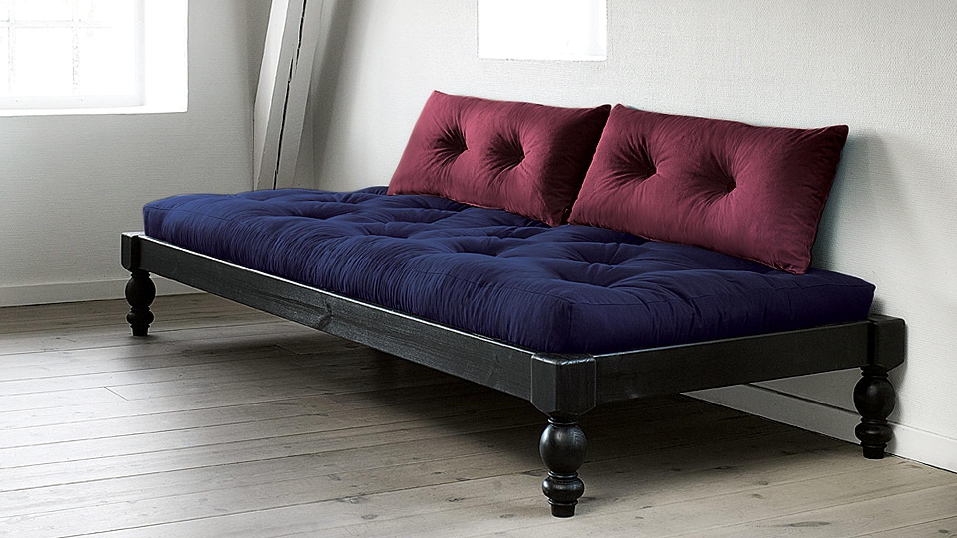 kissen zum anlehnen sigikid kissen pinky queeny with kissen zum anlehnen kissen aus fellimitat. Black Bedroom Furniture Sets. Home Design Ideas