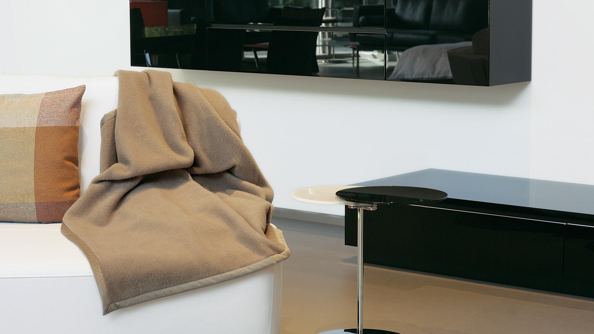 cashmere merino naturhaardecke eurasia. Black Bedroom Furniture Sets. Home Design Ideas