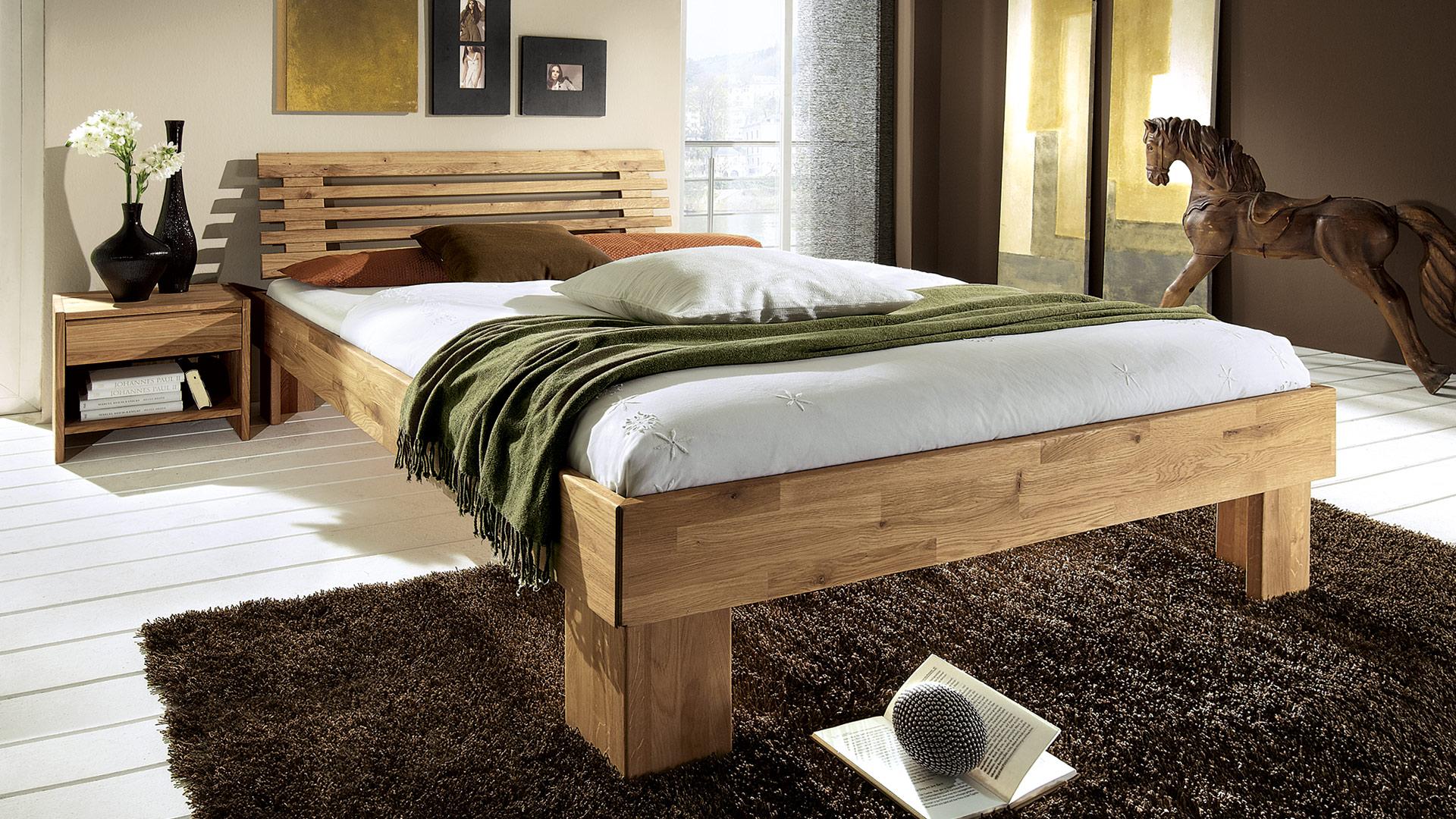 Einzelbett und Doppelbett \