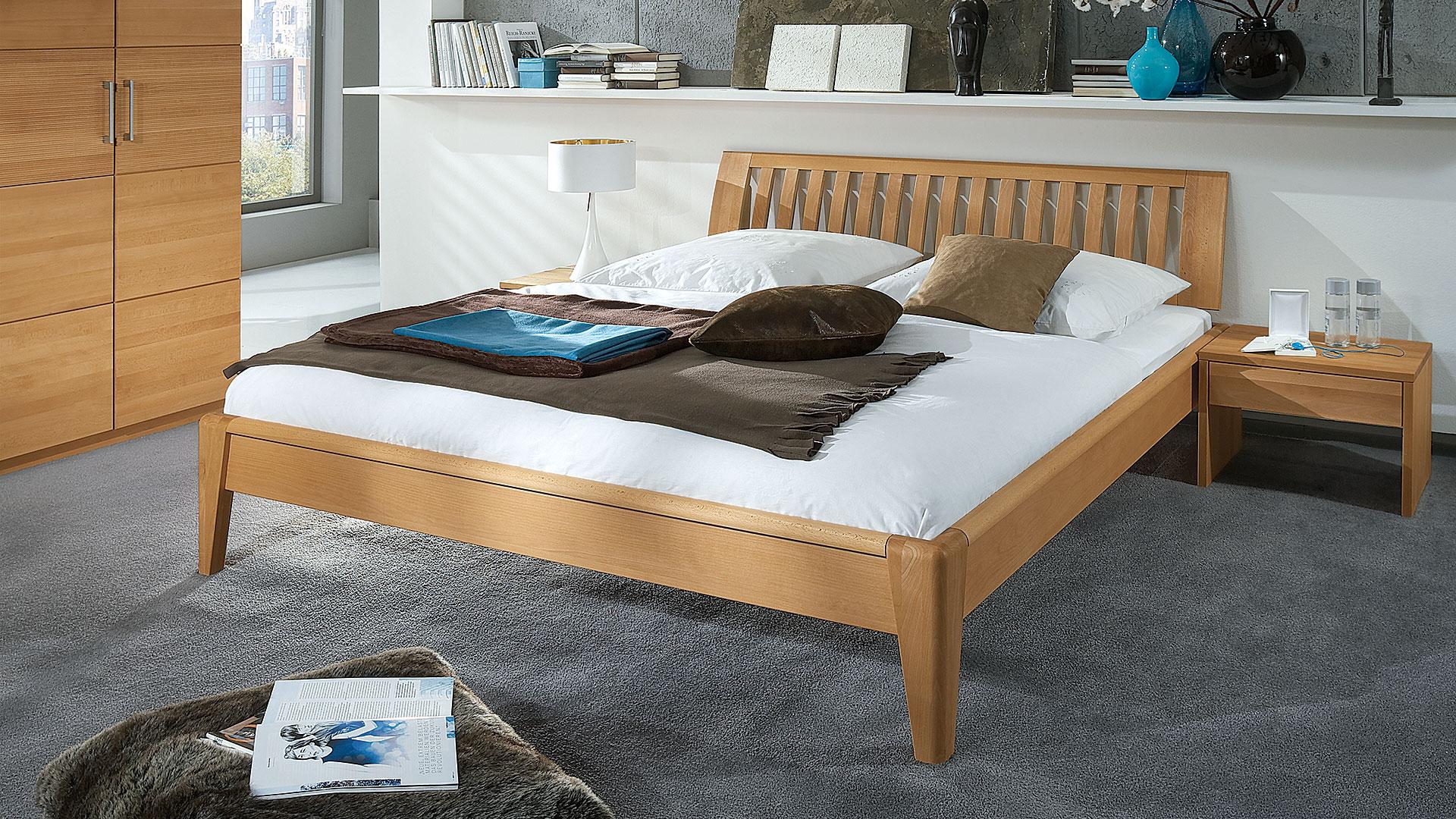 Doppelbett Fiona in Buche