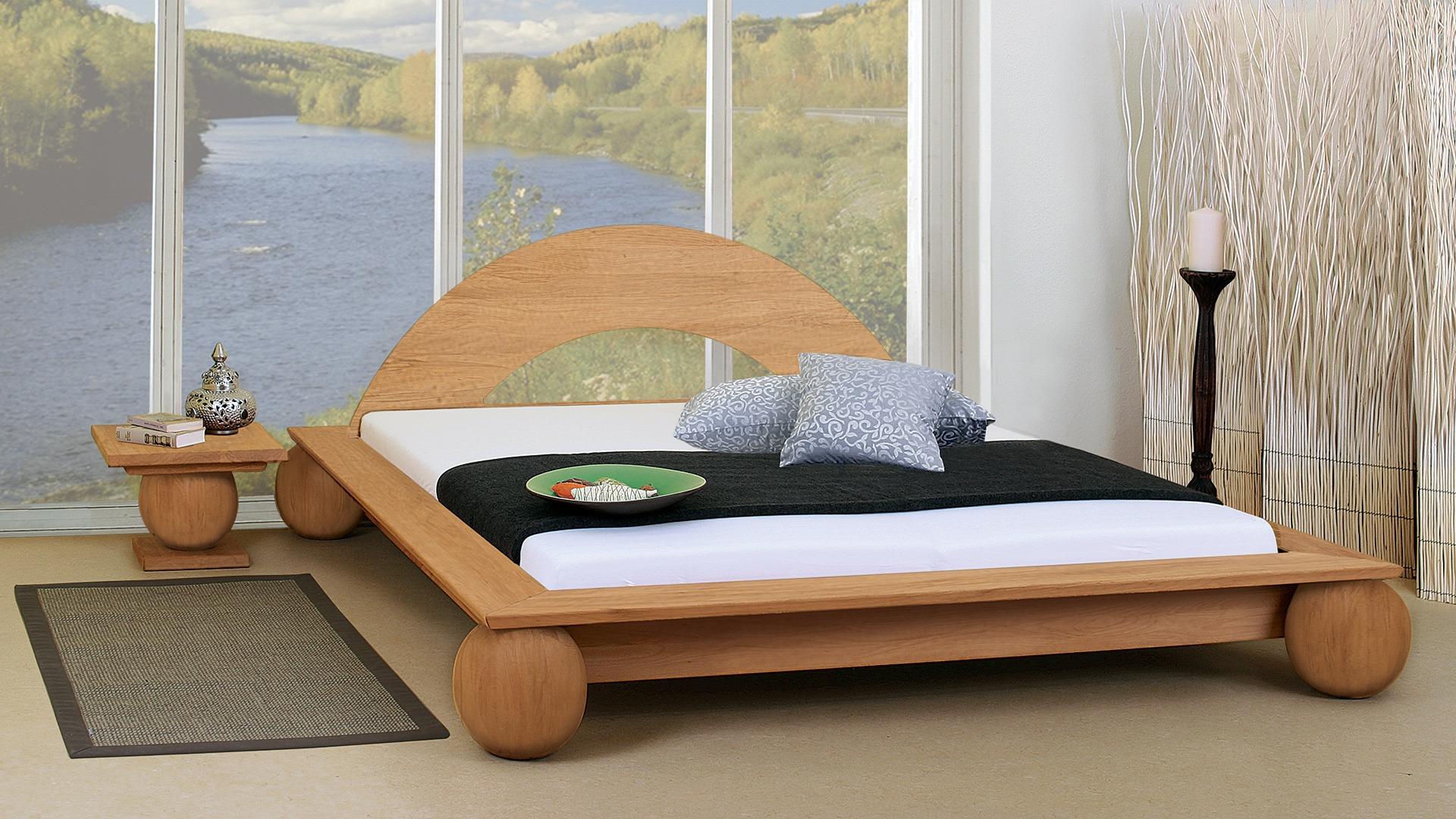 Feng shui schlafzimmer bett unterm fenster bettw sche for Bett unter dachschrage