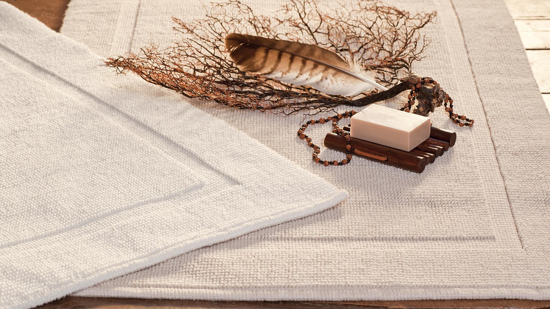 Klassische Eleganz und hochwertige Qualität - Bad-Teppich