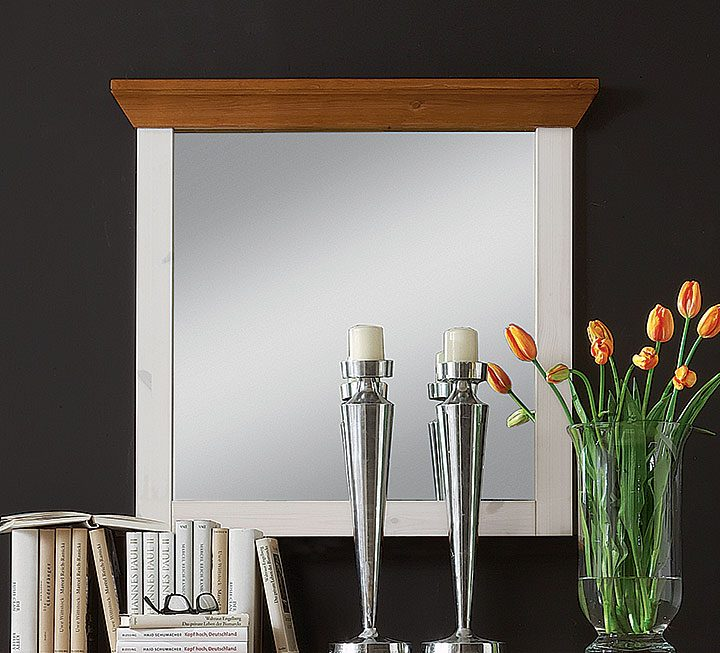 Spiegel mit Rahmen aus Kiefer